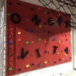 Disfruta de las Airtracking y Climbing Áreas en Ongravity